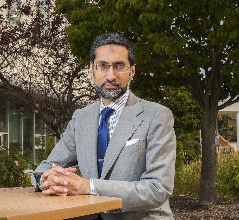 Public Health Ontario advice 'makes more sense' than provincial COVID-19 alert thresholds, says Hirji