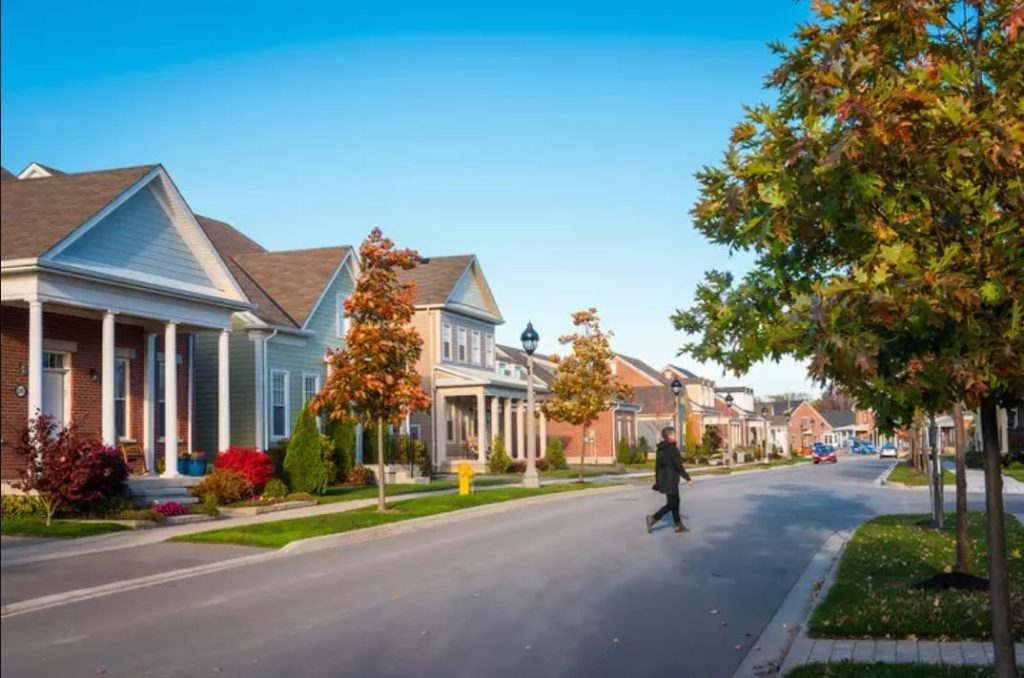 This Ontario Town was Just Ranked One of the Friendliest in the Country